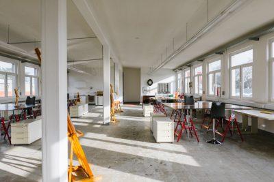 Blick in den großen Kunstraum Konstantin